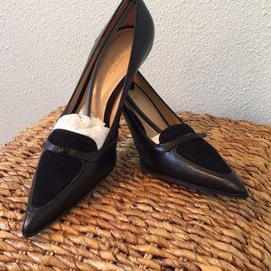 LOFT Black pointed toe heels bow detail 8.5M